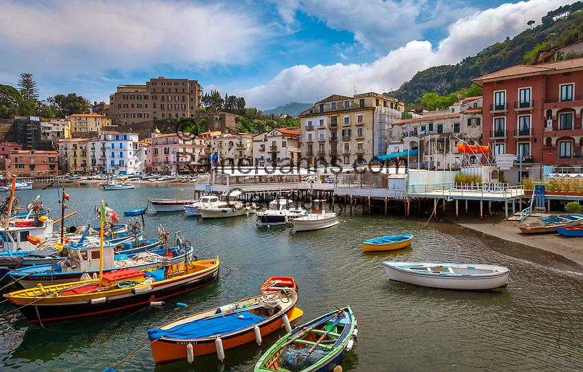 Italien, Kampanien, Sorrento: Marina grande   Italy, Campania, Sorrento: Marina grande