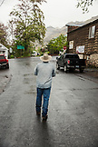 USA, Oregon, Imnaha, Cowboy Todd Nash heads to lunch at the Imnaha Store and Tavern, Northeast Oregon