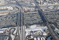 4415/Verkehrswege: EUROPA, DEUTSCHLAND, HAMBURG  28.01.2006 Elbbruecke, Neue Elbbruecke, Freihafen Elbbruecke, Elbe, Eis auf der Elbe, Eisgang