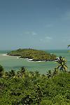 Iles du Salut au large de Kourou.ile du diable vu depuis l'ile Royale