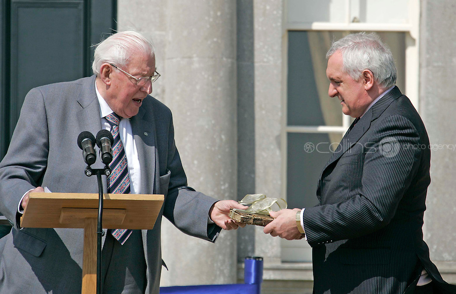 06/05/'08 Dr. Ian Paisley presents Taoiseach Bertie Ahern with a Bible at the official opening of the Oldbridge Estate in Co. Meath, the site of the Battle of the Boyne, by the Taoiseach and Dr. Ian Paisley...Picture Collins, Dublin, Colin Keegan.