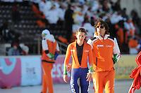 SCHAATSEN: BOEDAPEST: Essent ISU European Championships, 07-01-2012, coach Bart Veldkamp, Ireen Wüst NED na afloop van de 1500m, ©foto Martin de Jong