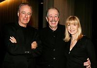 Charles Biname<br /> Denys Arcand<br /> Denise Robert<br /> Premiere MAURICE RICHARD, PLace des Arts<br /> Photo : (c) 2005 Pierre Roussel / Images Distribution