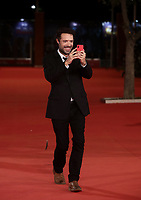 Il regista francese Nicolas Bedos posa durante il red carpet per la presentazione del film 'La Belle Epoque' alla 14^ Festa del Cinema di Roma all'Aufditorium Parco della Musica di Roma, 20 ottobre 2019.<br />
