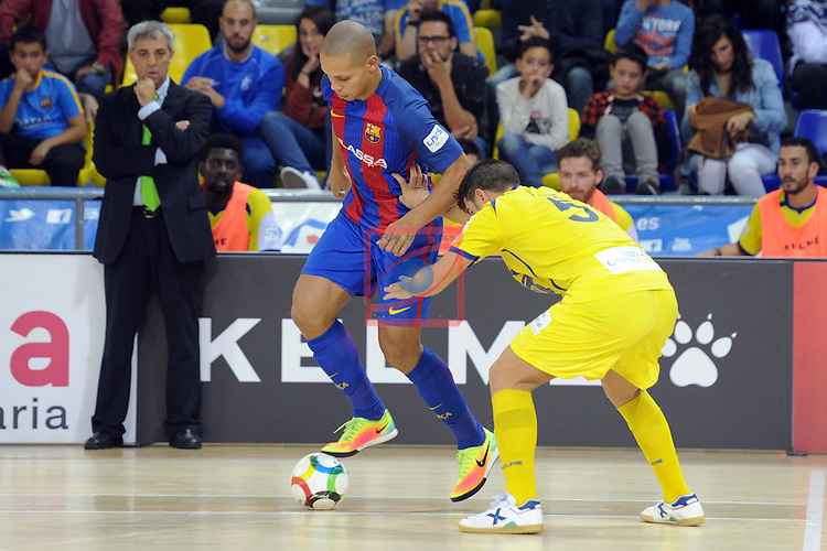 League LNFS 2016/2017 - Game 4.<br /> FC Barcelona Lassa vs Gran Canaria FS: 4-2.<br /> Ferrao vs Pepe.