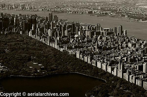 aerial photograph Upper East Side Central Park, Manhattan, New York City