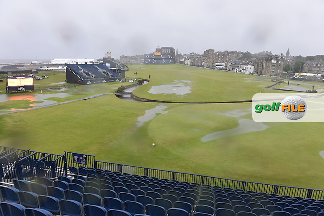 The 1st hole and suspension of play due to high winds and waterlogged course at the start of Friday's Round 2 of the 144th Open Championship, St Andrews Old Course, St Andrews, Fife, Scotland. 17/07/2015.<br /> Picture Eoin Clarke, www.golffile.ie