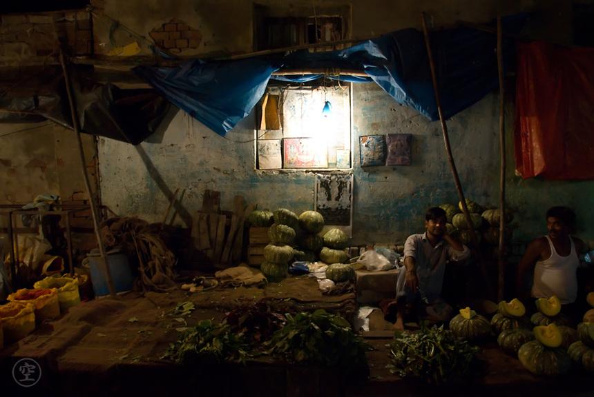 The night vegetable market, Pahar Ganj, Delhi, India