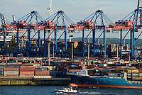 GERMANY Hamburg, Nordex wind turbine and HHLA container harbour/ DEUTSCHLAND, Windkraftanlage Nordex im Hafen, Containerterminal Burchardkai der HHLA