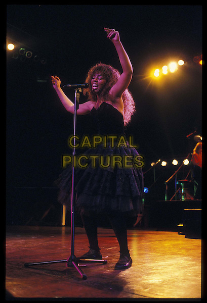 DONNA SUMMER.Ref: 026.stage, live, concert, music, singing, full length, full-length.*RAW SCAN- photo will be adjusted for publication*.www.capitalpictures.com.sales@capitalpictures.com.©Capital Pictures