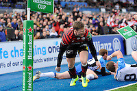 Chris Ashton of Saracens scores a try during the Heineken Cup Round 6 match between Saracens and Connacht Rugby at Allianz Park on Saturday 18th January 2014 (Photo by Rob Munro)