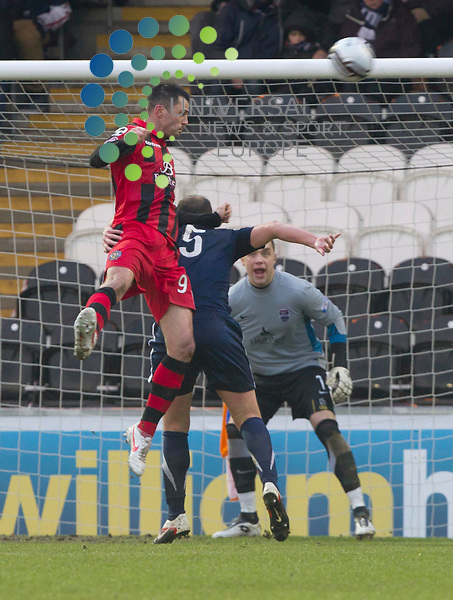Stephen Thpmson scores for St Mirren during the St mirren v Ross County William Hill Scottish Cup round Five..Picture: Maurice McDonald/Universal News And Sport (Scotland). 4 February 2012. www.unpixs.com.
