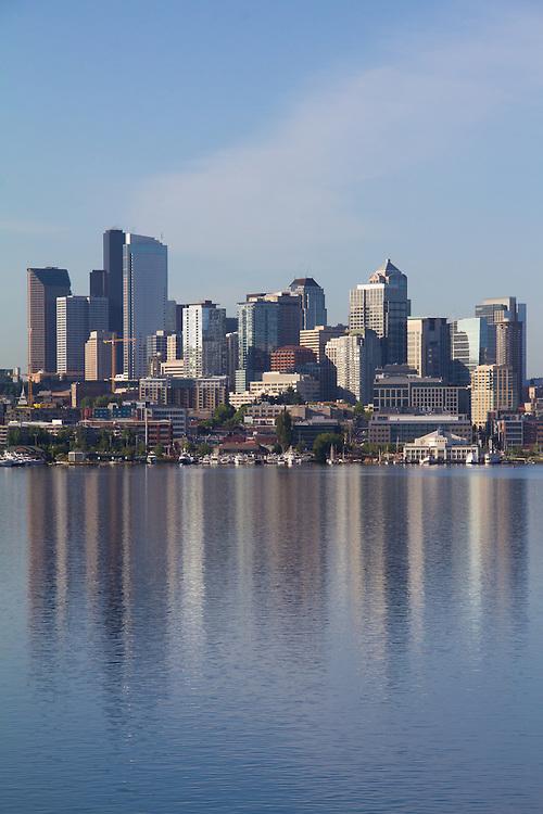 Seattle, skyline, Lake Union, South Lake Union, waterfront, Washington State, United States,<br /> Amazon campus, offices, biotech hub, technology center,