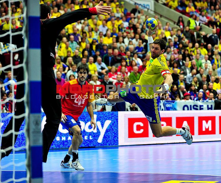 110130 Handboll, VM, Sverige - Spanien: Tobias Karlsson, Sverige flyger fram<br /> <br />  Foto &copy; nph / BildbyrĆn   73206