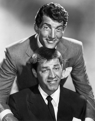 Dean Martin &amp; Jerry Lewis of Martin &amp; Lewis, circa 1955<br /> *Filmstill - Editorial Use Only*<br /> CAP/PLF<br /> Supplied by Capital Pictures /MediaPunch ***NORTH AND SOUTH AMERICAS ONLY***