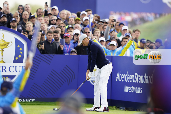 Jordan Spieth (Team USA) on the on the 9th during the friday fourballs at the Ryder Cup, Le Golf National, Iles-de-France, France. 27/09/2018.<br /> Picture Fran Caffrey / Golffile.ie<br /> <br /> All photo usage must carry mandatory copyright credit (© Golffile | Fran Caffrey)