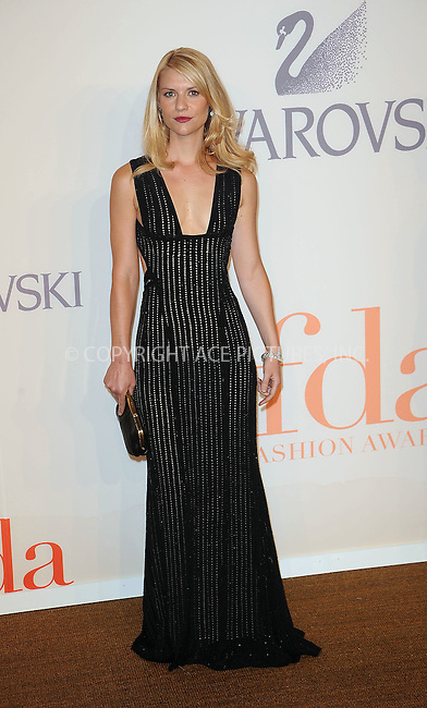 WWW.ACEPIXS.COM . . . . . ....June 15 2009, New York City......Actress Claire Danes at the 2009 CFDA Fashion Awards at Alice Tully Hall, Lincoln Center on June 15, 2009 in New York City.....Please byline: KRISTIN CALLAHAN - ACEPIXS.COM.. . . . . . ..Ace Pictures, Inc:  ..tel: (212) 243 8787 or (646) 769 0430..e-mail: info@acepixs.com..web: http://www.acepixs.com