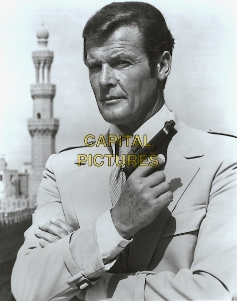 ROGER MOORE.The Spy Who Loved Me.Filmstill - Editorial Use Only.Ref: FB .www.capitalpictures.com.sales@capitalpictures.com.Supplied by Capital Pictures