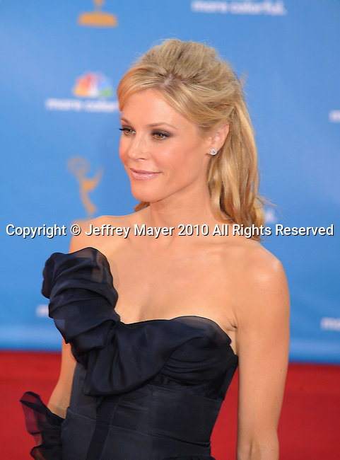 LOS ANGELES, CA. - August 29: Julie Bowen arrives at the 62nd Annual Primetime Emmy Awards held at the Nokia Theatre L.A. Live on August 29, 2010 in Los Angeles, California.