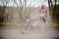 flat tire for Jens Keukeleire (BEL/Lotto-Soudal)<br /> <br /> 13th Strade Bianche 2019 (1.UWT)<br /> One day race from Siena to Siena (184km)<br /> <br /> ©kramon