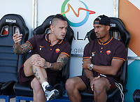 Calcio, Serie A: Frosinone vs Roma. Frosinone, stadio Comunale, 12 settembre 2015.<br /> Roma&rsquo;s Radja Nainggolan, left, and William Vainqueur sit on the bench during the Italian Serie A football match between Frosinone and Roma at Frosinone Comunale stadium, 12 September 2015.<br /> UPDATE IMAGES PRESS/Isabella Bonotto