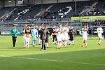 Das Team des SVS nach dem Spiel auf dem Weg zu den Fans  beim Spiel in der 2. Bundesliga, SV Sandhausen - FC St. Pauli.<br /> <br /> Foto © PIX-Sportfotos *** Foto ist honorarpflichtig! *** Auf Anfrage in hoeherer Qualitaet/Aufloesung. Belegexemplar erbeten. Veroeffentlichung ausschliesslich fuer journalistisch-publizistische Zwecke. For editorial use only. For editorial use only. DFL regulations prohibit any use of photographs as image sequences and/or quasi-video.