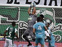 PALMIRA - COLOMBIA, 20-07-2019: Jose Huber Escobar arquero del Jaguares en acción durante el partido entre Deportivo Cali y Jaguares de Córdoba por la fecha 2 de la Liga Águila II 2019 jugado en el estadio Deportivo Cali de la ciudad de Palmira. / Jose Huber Escobar goalkeeper of Jaguares in action during the Final second leg match between Deportivo Cali and Jaguares de Cordoba of the Aguila League II 2019 played at Deportivo Cali stadium in Palmira city. Photo: VizzorImage / Gabriel Aponte / Staff