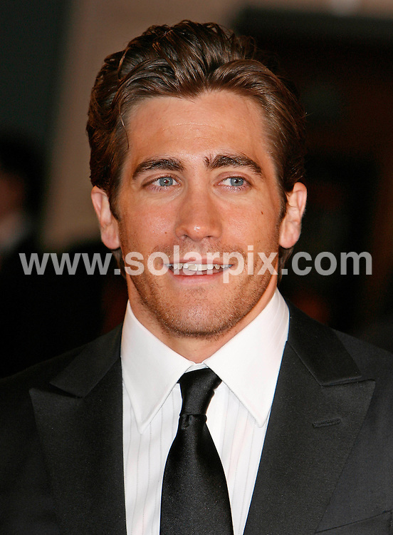 ALL ROUND PICTURES FROM SOLARPIX.COM.**WORLDWIDE RIGHTS*.Arrivals at  The British Academy Film Awards at the Royal Opera House in London tonight..This pic : Jake Gyllenhaal.REF:  3342     PRS        DATE: 11.02.07.**MUST CREDIT SOLARPIX.COM OR DOUBLE FEE WILL BE CHARGED**