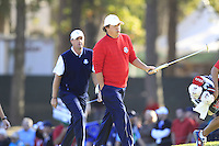 USA Team Player Jason Dufner and European Team Player Peter Hanson (SWE) at the 16th green during Sunday's Singles Matches of the 39th Ryder Cup at Medinah Country Club, Chicago, Illinois 30th September 2012 (Photo Colum Watts/www.golffile.ie)