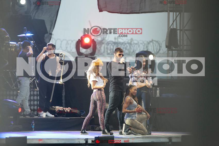 EXCLUSIVO<br /> Ricky Martin Durante ensayo previo a su concierto<br /> <br /> NoVentaMexico
