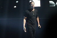 Drake performing at Sussquehanna Bank Center in Camden, New Jersey on June 9, 2012  © Star Shooter / MediaPunchInc NORTEPHOTO.COM
