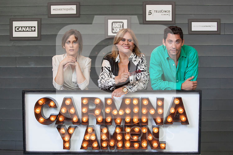 Spanish actor Paco Leon (R) and actresses Maria Leon (L) and Carmina Barrios (C) pose during `Carmina y amen´ film premiere photocall at Cineteca Matadero in Madrid, Spain. April 28, 2014. (ALTERPHOTOS/Victor Blanco)