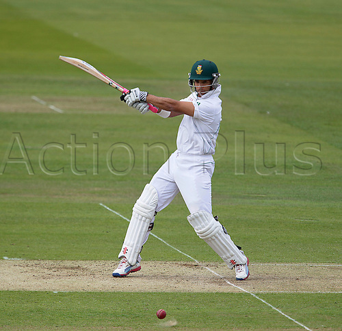 16.08.2012 London, England.  ..J P Duminy in action during on day one of the third test between England and South Africa from Lords.