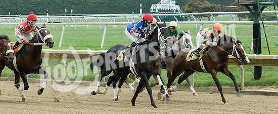 Summer Soiree winning at Delaware Park on 8/16/10