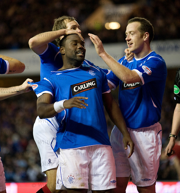 Jean-Claude Darcheville celebrates his goal
