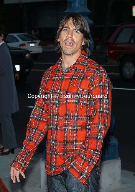 """Anthony Kiedis (Red Hot Chili Pepper) arriving at the premiere of """"One Hour Photo"""" at the Academy of Motion Picture Arts and Sciences in Los Angeles. August 22, 2002.           -            KiediesAnthony_RedHotChP02.jpg"""