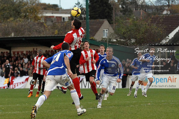 Jim McFarlane (AFC Hornchurch) tries to get to a cross. AFC Hornchurch Vs Peterborough United. FA Cup 1st round. The Stadium. Upminster. 09/11/08 Credit Garry Bowden