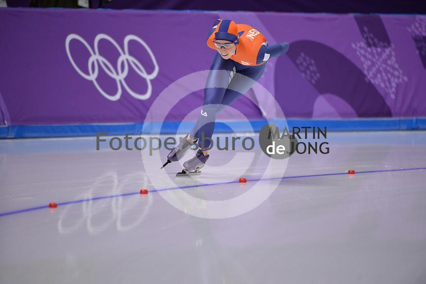 OLYMPIC GAMES: PYEONGCHANG: 16-02-2018, Gangneung Oval, Long Track, 5.000m Ladies, Annouk van der Weijden (NED), ©photo Martin de Jong