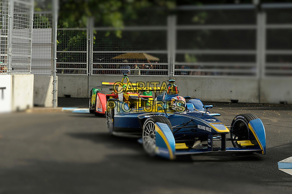 LONDON , ENGLAND - 27 JUNE ; Cars acing round the track at The  Visa London ePrix at Battersea Park London, England 27th June 2015<br /> CAP/DYL<br /> &copy;Dylan/Capital Pictures