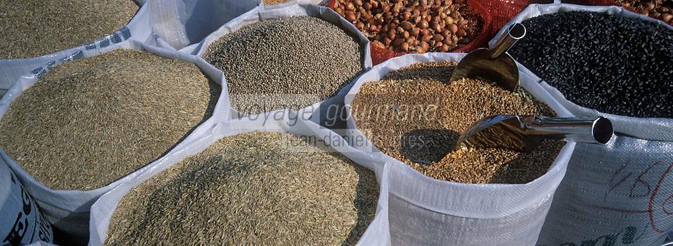 """Europe/Turquie/Istanbul : Bazar aux épices """"Misir Carsisi"""" - Graines"""