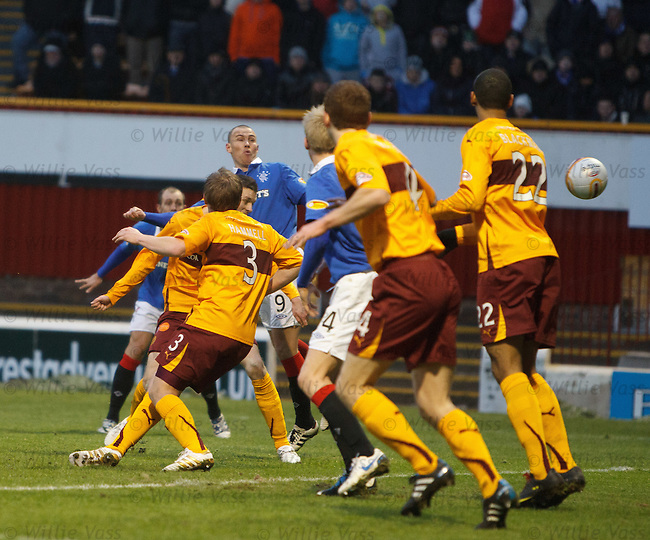 Vladimir Weiss' free kick deflects off Steven Saunders for goal no 2 to Rangers