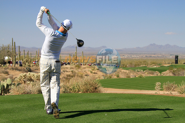 Ben Crane (USA) teeing off on the 1st tee during Day 2 of the Accenture Match Play Championship from The Ritz-Carlton Golf Club, Dove Mountain. (Photo Eoin Clarke/Golffile 2011)