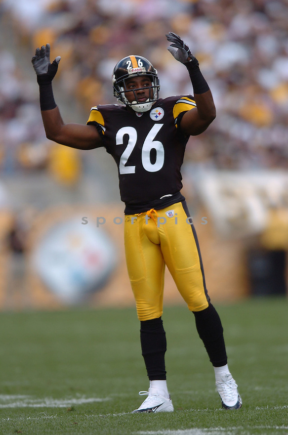 DESHEA TOWNSEND, of the Pittsburgh Steelers in action,against the  Cincinnati Bengals on September 24, 2006 in Pittsburgh, PA..Bengals win 28-20..Tomasso DeRosa / SportPics.
