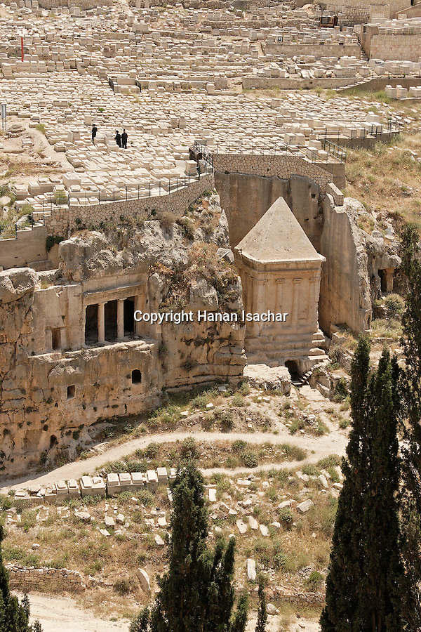 Israel, Jerusalem, Kidron valley, the tombs of Zecharia (right) and Bene Hazir (left) are carved at the foot of the Mount of Olives facing Temple Mount. Above is the Jewish cemetery<br />