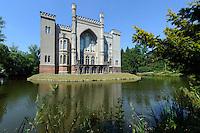 Schloss Kornik bei Posnan (Posen), Woiwodschaft Gro&szlig;polen (Wojew&oacute;dztwo wielkopolskie), Polen Europa<br /> Castle Kornik near Poznan,  Poland, Europe