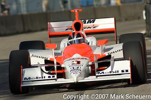 1 September 2007: Helio Castroneves (BRA) at the Detroit Belle Isle Grand Prix, Detroit, MI