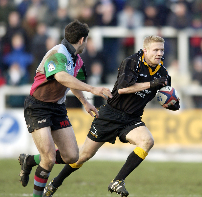 .Photo. Jed Wee.Newcastle Falcons v Harlequins, Zurich Premiership, Kingston Park, Newcastle. 01/02/2003..Newcastle's Michael Stephenson (R).