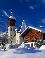 DE, Germany, Bavaria, Upper Bavaria, Berchtesgadener Land, village Oberau with church