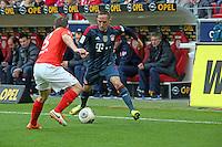 Franck Ribery (Bayern) gegen Zdenek Pospech (Mainz) - 1. FSV Mainz 05 vs. FC Bayern München, Coface Arena, 26. Spieltag