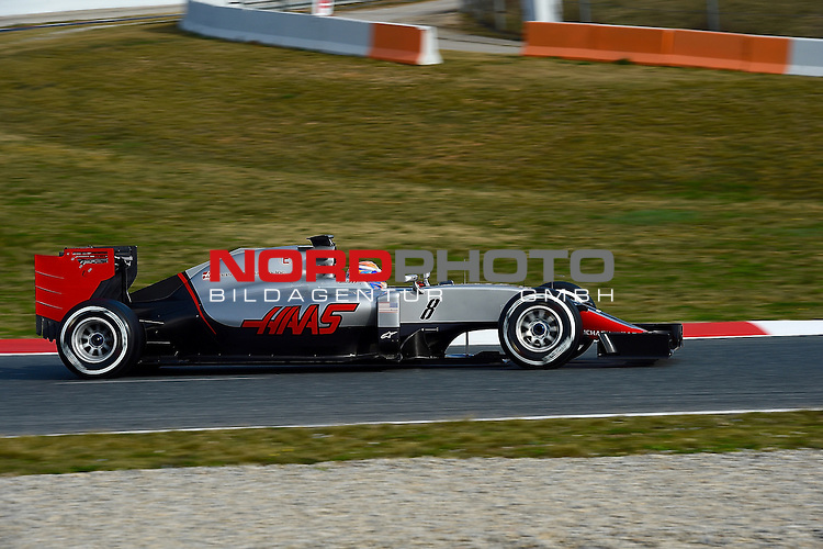 Formel 1 Testfahrten 2016 in Barcelona<br /> Romain Grosjean (FRA#8), Haas F1 Team<br /> <br /> <br /> Foto &copy; nordphoto /  Bratic